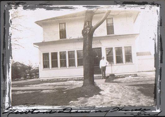 Newton-Dining-House-1940