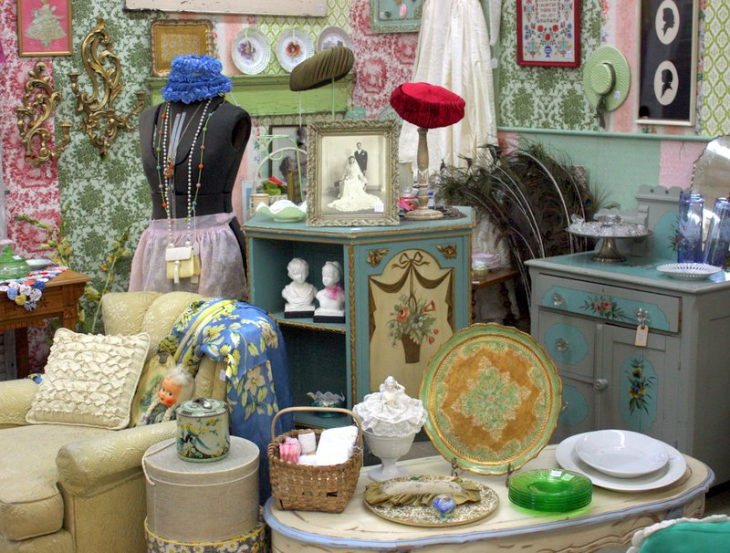 Before moving in, I papered the walls with vintage wallpaper from my  collection, then filled it with colorful wares. I sell hats, tole ware, ... - Mitzi's Miscellany: The Antique Biz