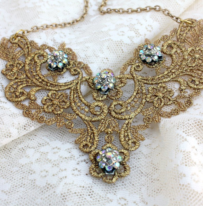 Mitzismiscellany_gold_crochet_necklace