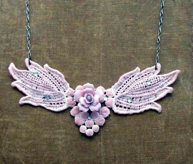 Mitzismiscellany_pink_crochet_necklace