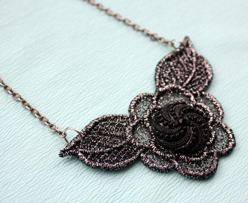 Mitzismiscellany_black_crochet_necklace