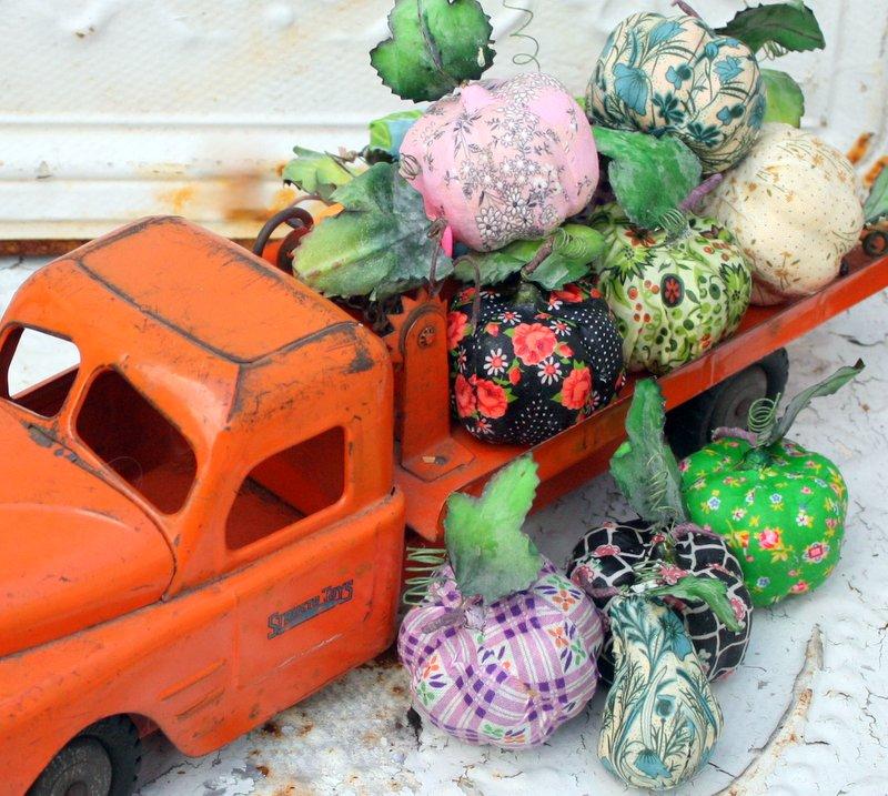 Mitzismiscellany_gourd_truck