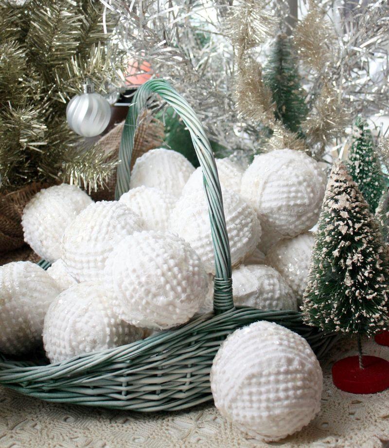 Mitzismiscellany_mica_snowballs