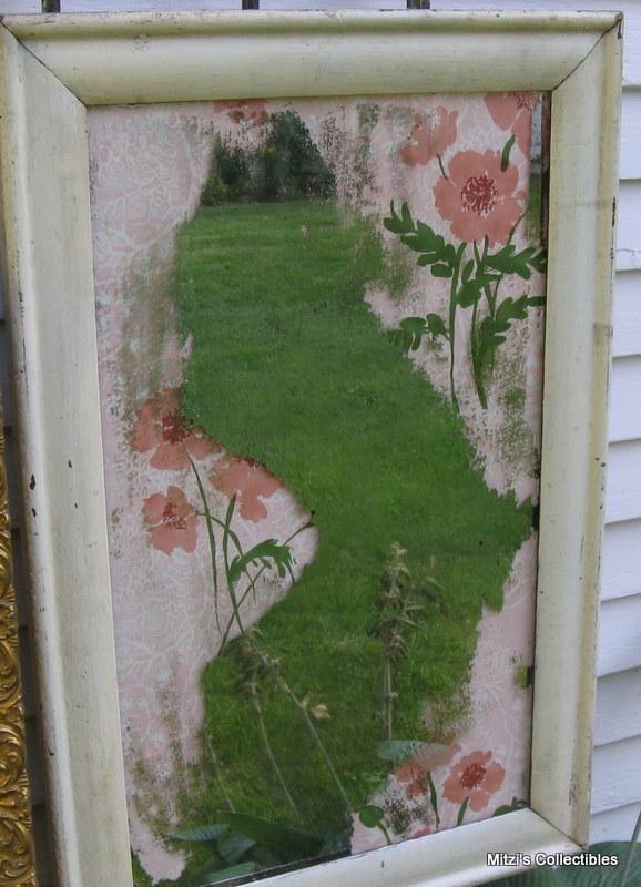 Mitzismiscellany_pink_wallpaper_mirror