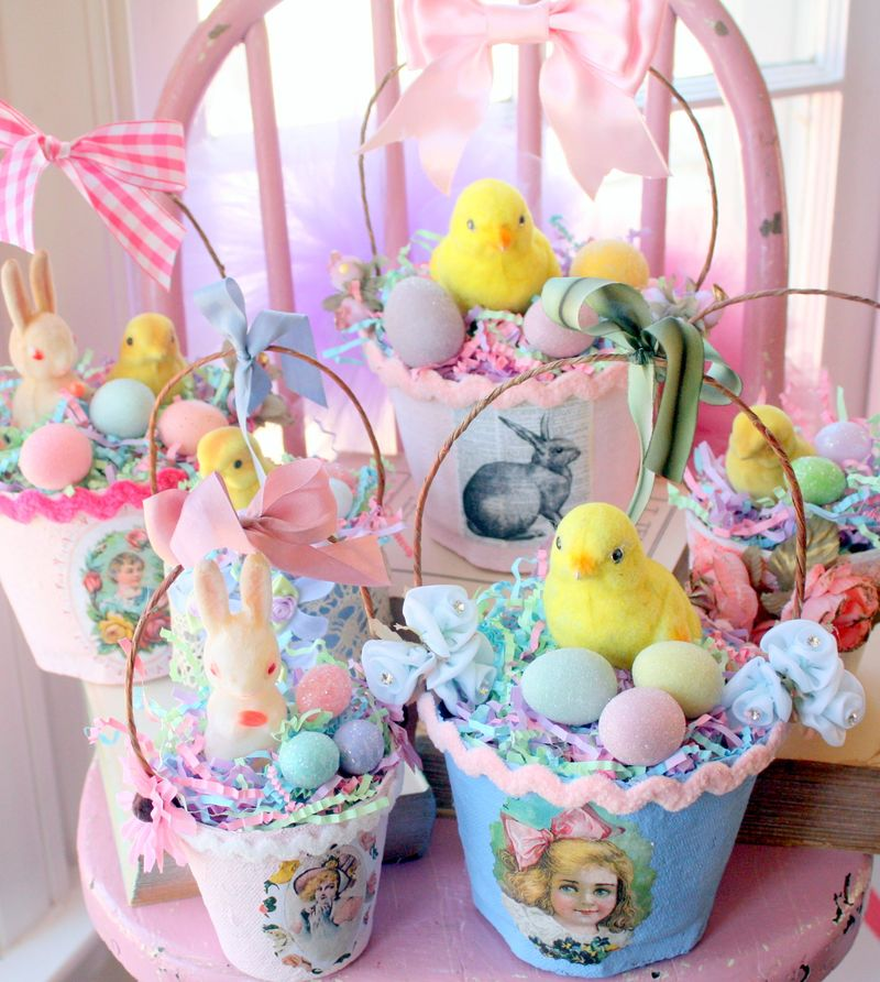 Mitzismiscellany_easter_baskets_group2